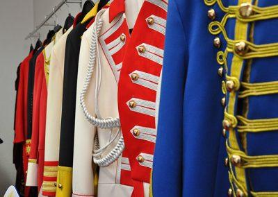 Uniformen und Kostüme von Hintzen